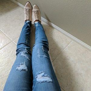 Distressed High Waist Ripped Skinny Jean